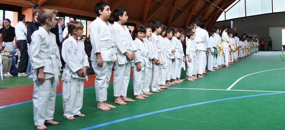 """Gara karate  a Canzo  (Como) 1° trofeo memorial """"Alberto Miccichè"""" / 22 maggio 2011"""